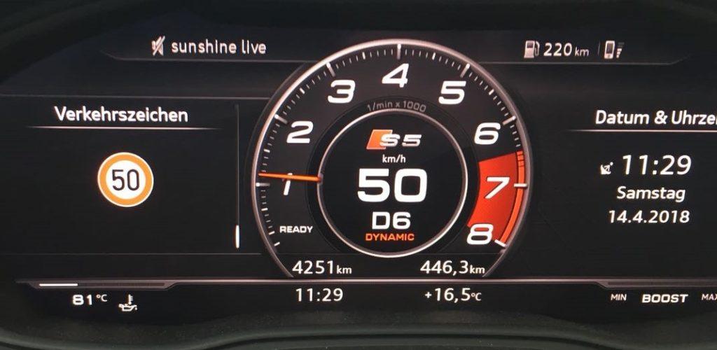 Verkehrszeichenerkennung im Virtual Cockpit